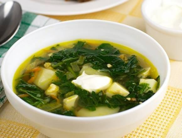Зелёный борщ с щавелем крапивой и яйцом рецепт пошагово